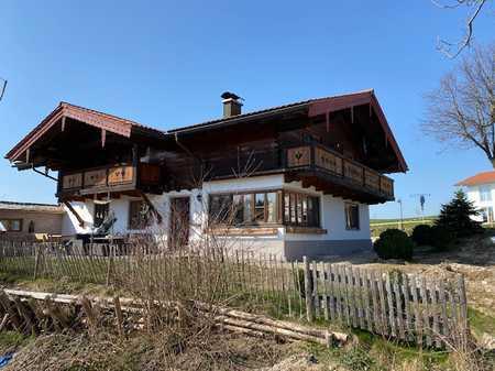 Attraktive, gemütliche 3-Zimmer-Wohnung im 1. OG eines 2-Familienhauses zw. Traunstein u. Chiemsee in Nußdorf (Traunstein)