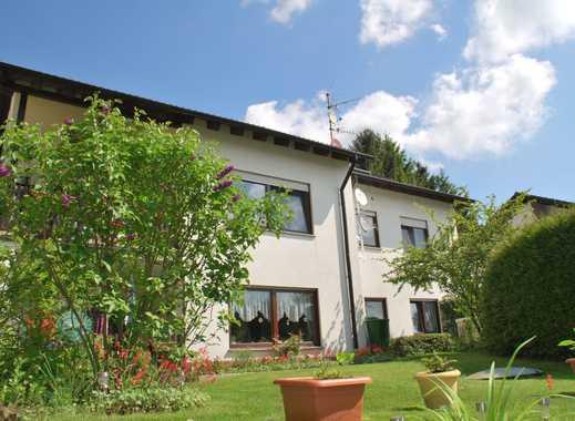 Gepflegte 4-Zimmer-Wohnung mit Terasse in Nieder-Kinzig, Bad König