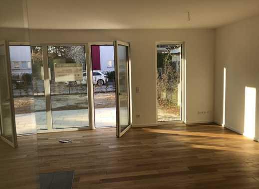 Nachmieter für schöne, geräumige zwei Zimmer (Luxus ) Wohnung in München Solln.