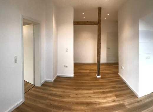 Helle und moderne Wohnung in schönem Altbau (Erstbezug nach Komplettsanierung!)
