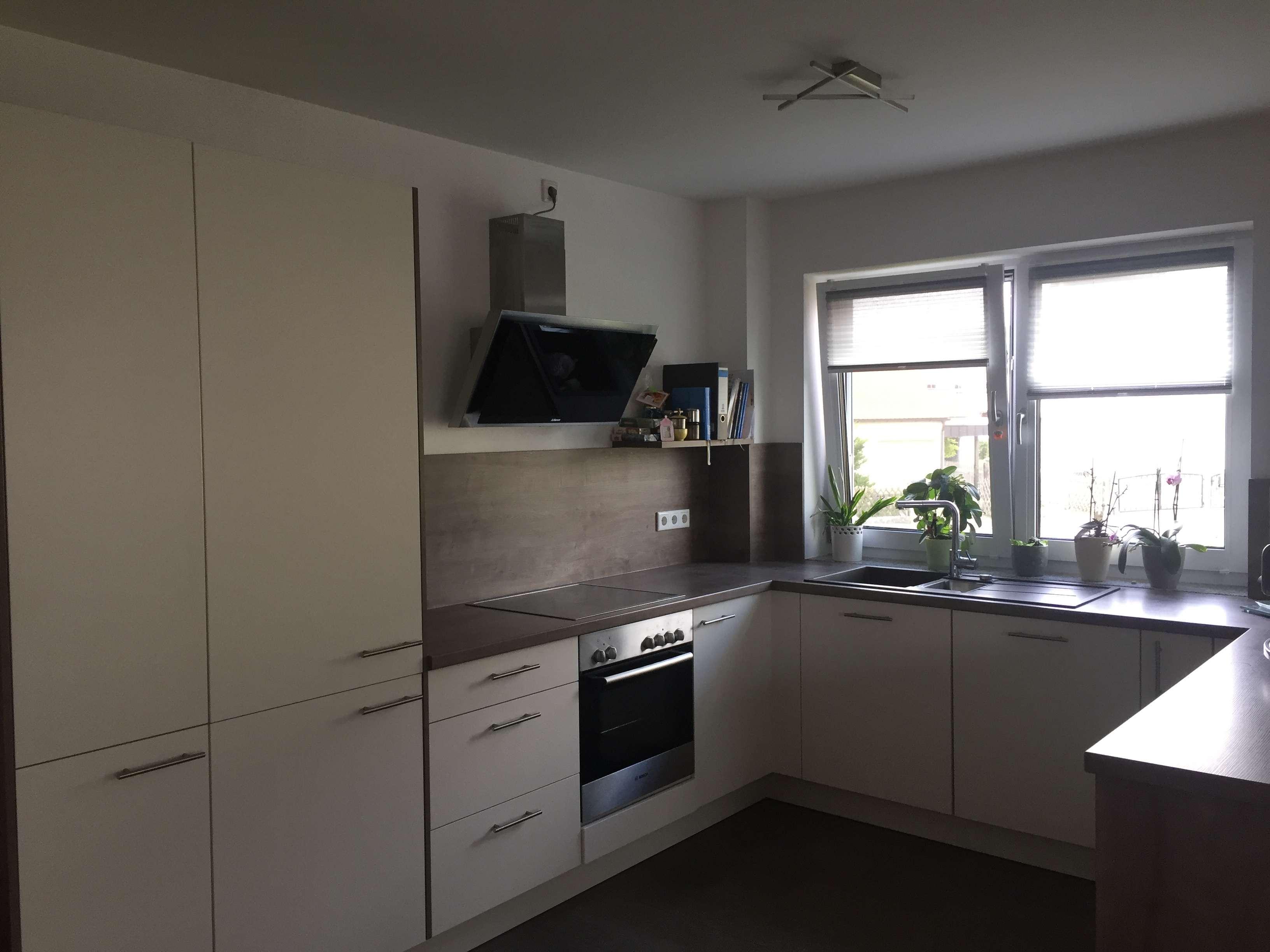Neuwertige 3-Zimmer-Wohnung mit Balkon und EBK zu vermieten in Neunburg vorm Wald