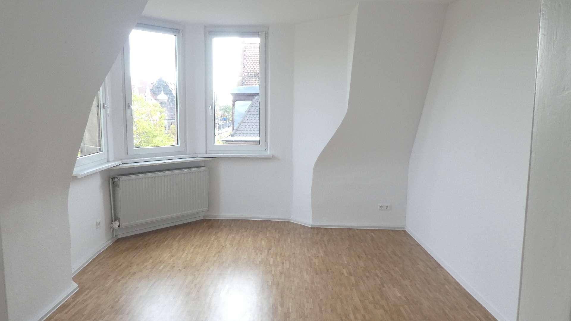 Jugendstil-Anwesen ! Chice, kernsanierte 3-Zi.-Whg. ca. 95 m², Parkett, zentrale Lage in Bärenschanze (Nürnberg)