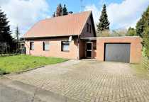 Einfamilienhaus mit Garage nahe Reichswald