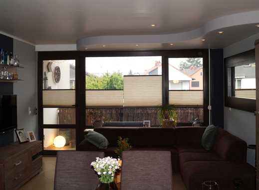 Tolle 2 Zimmer-Wohnung mit hochwertiger Ausstattung und schönem Balkon