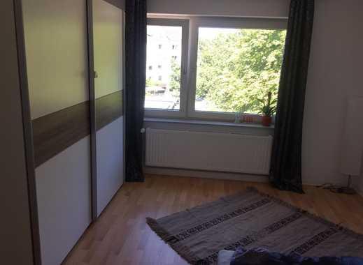 Schönes vollmöbliertes Extra-Zimmer mit 14 qm, grosses Fenster, Bett, Kleiderschrank ab 01.11.2018 z
