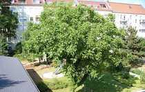 Villa Noyer Großzügige 3-Zimmer-Dachgeschoss-Wohnung mit