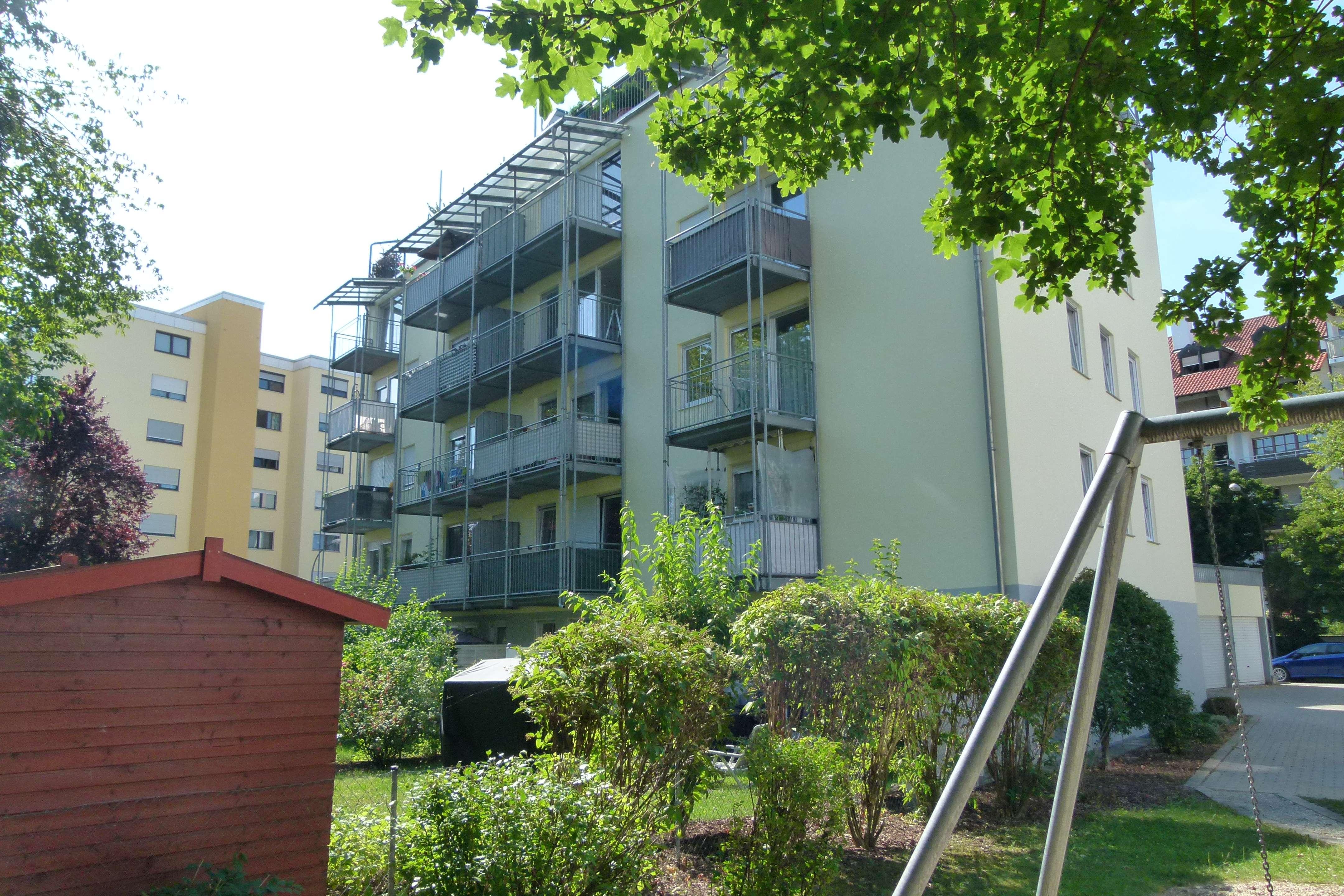 Hervorragend geschnittene 2-Zimmer-Wohnung, Keller, Balkon nahe Bahnhof