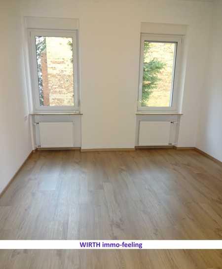 Erstbezug nach Sanierung: 4 Zi.- Wohnung in zentraler Lage in Hohe Marter (Nürnberg)
