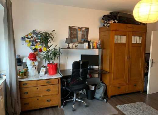 Geräumiges WG-Zimmer sucht neuen Bewohner in großer Wohnung - keine Zweck-WG