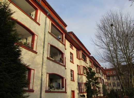 Helle 1 Zimmer Wohnung im Dachgeschoss ohne Balkon