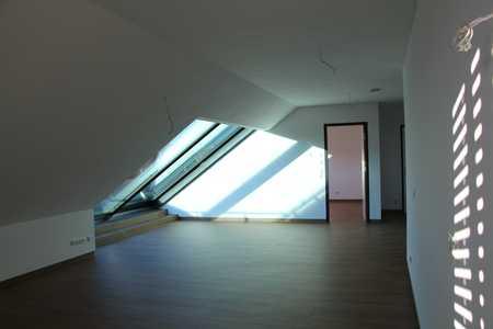 Sonnige Loft 3-Zimmer-Wohnung mit großer Süd Terasse in Nördlingen