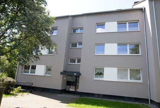 hwg - Gemütlich aufgeteilte Balkonwohnung.