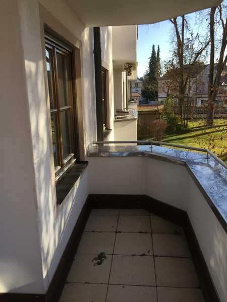 Schöne 3,5-ZKB-Wohnung mit Loggia in Aichach ab sofort zu vermieten in Aichach