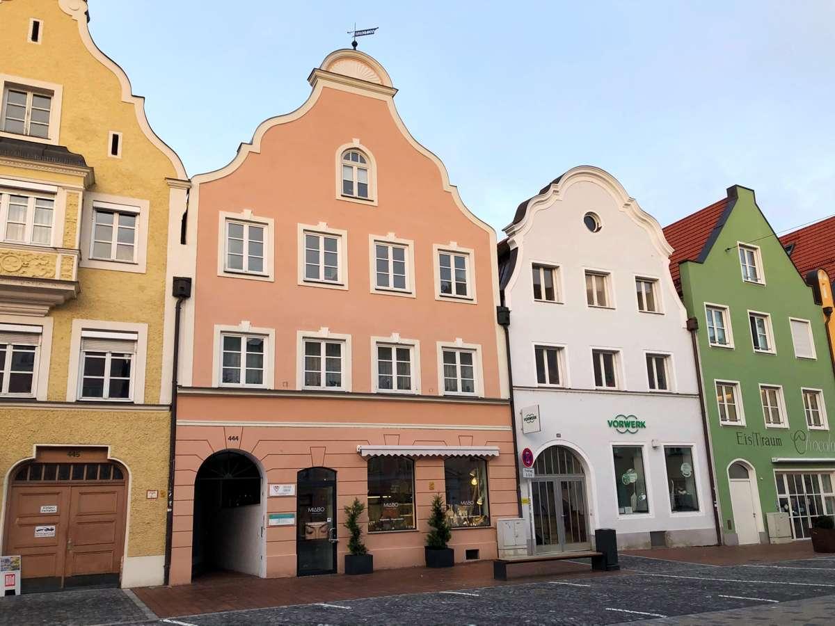 Großzügige 2,5-Zimmer-Wohnung in der Neustadt