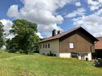 Einfamilienwohnhaus mit landwirtschaftlichen Grundstücken