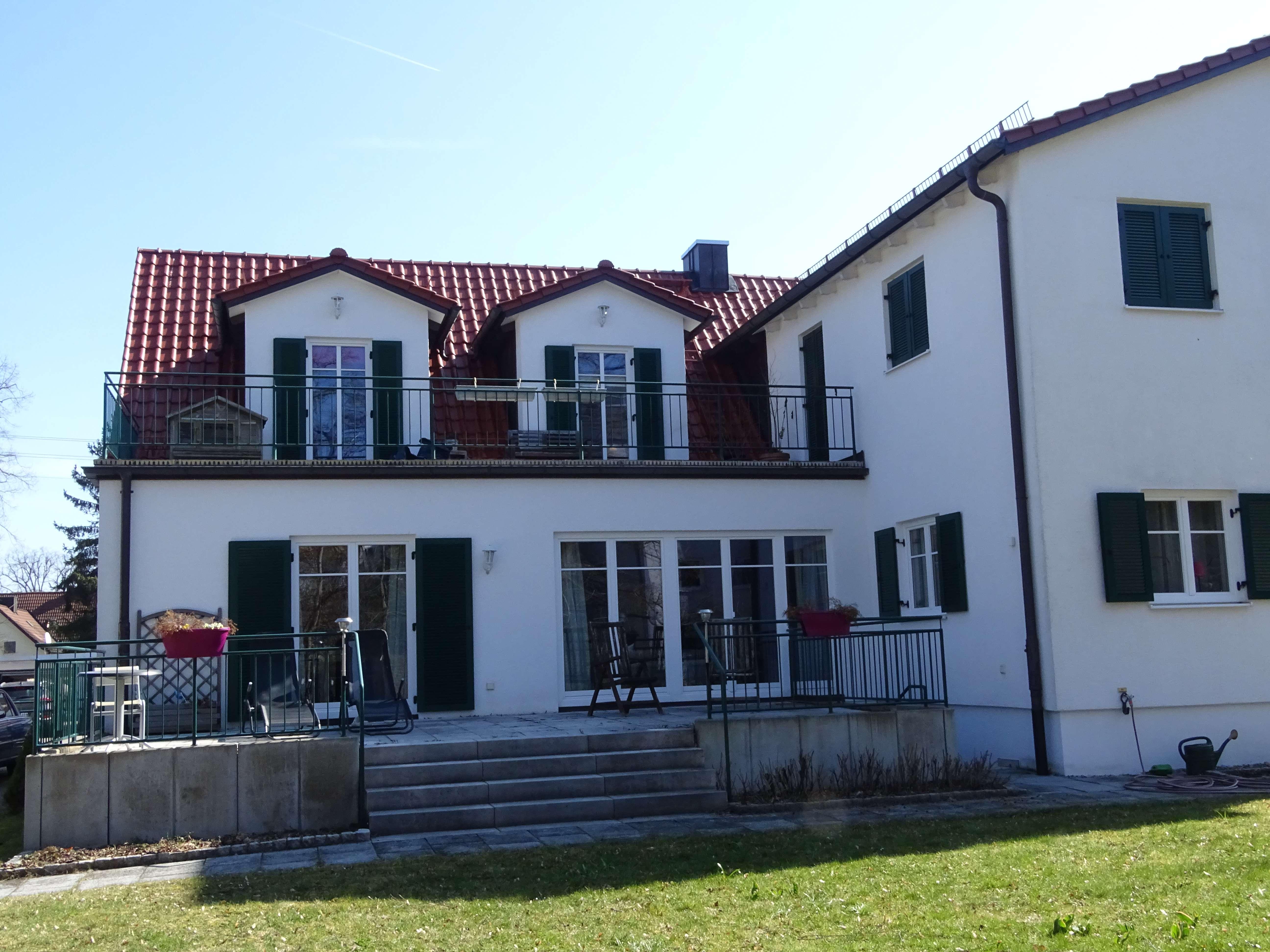 Großzügige EG-Wohnung in DHH in Germering, sofort beziehbar in Germering (Fürstenfeldbruck)