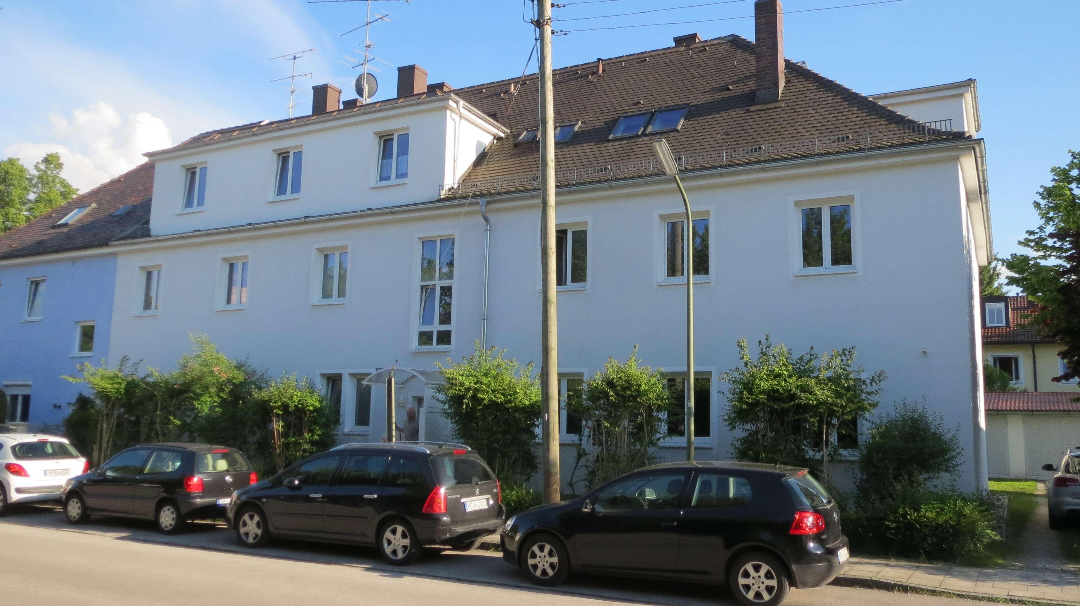 Freundliches 1-Zimmer-Apartment mit Terrasse und Einbauküche in Berg am Laim, München