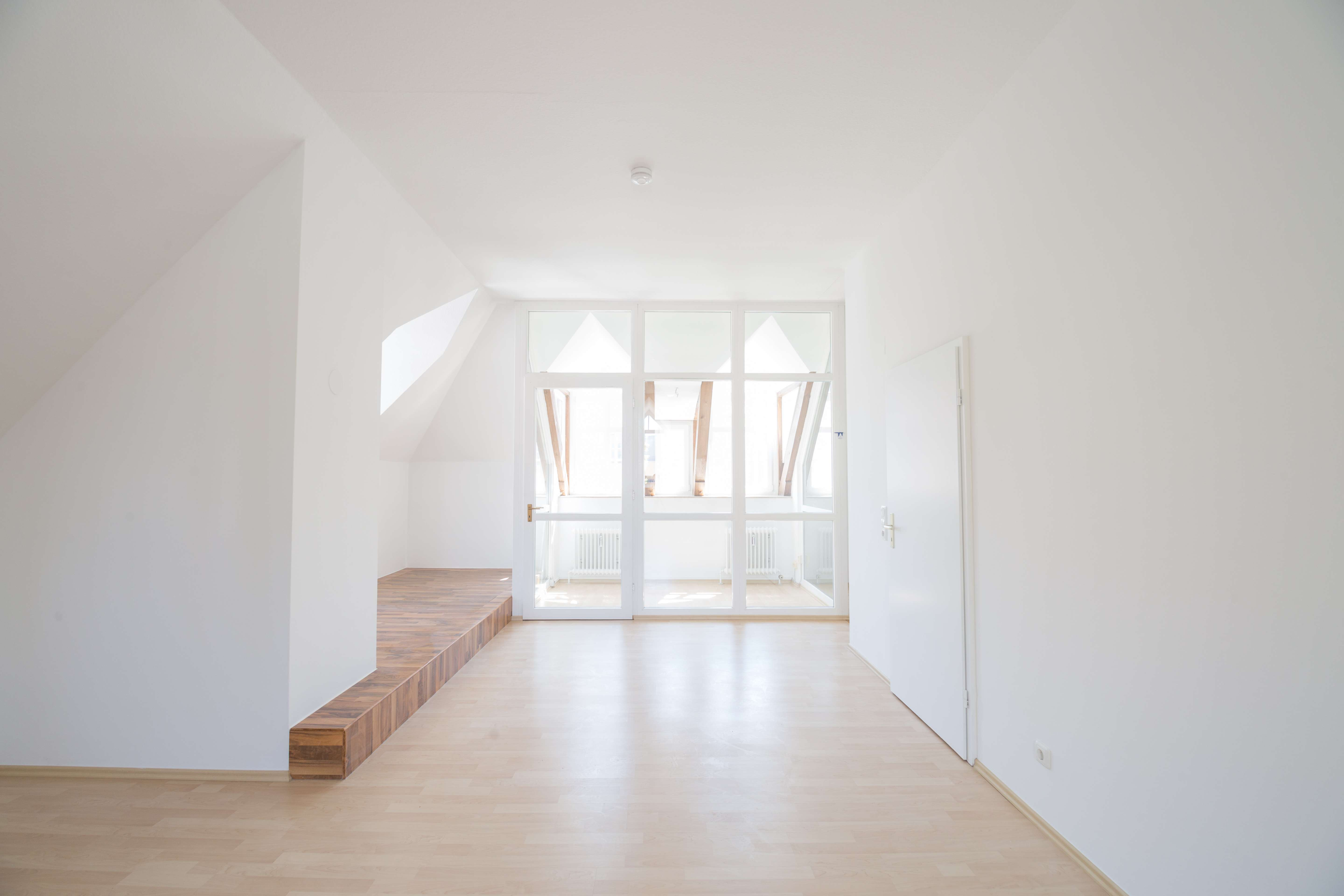 1,5-Zimmer Galerie-Wohnung in Top Lage in