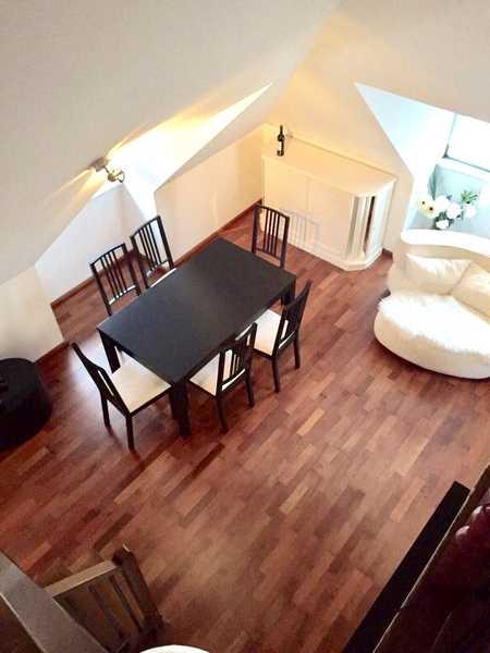 SOLLN - Helle und schöne 2,5 Zimmer Dachgeschoss-Maisonette Wohnung mit Terrasse/Kamin in Solln (München)