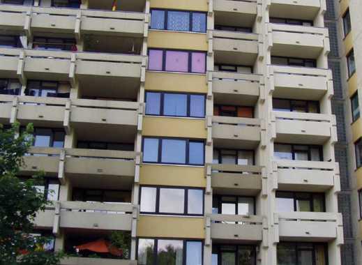 Einzimmer Wohnung mit Balkon!