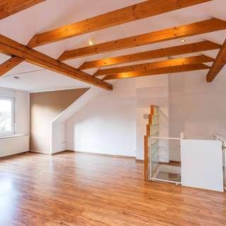 Horstmar: 116 m²-Maisonette-Wohnung in ruhiger Lage,4-Zimmer und 2 Bäder, Balkon und Dachterrasse!