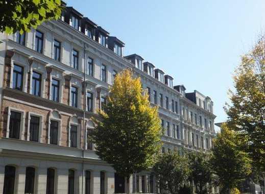 Elegante, helle und schön gelegene 4-Zimmer DG-Maisonette-WOHNUNG mit Gäste-WC und Dachterrasse