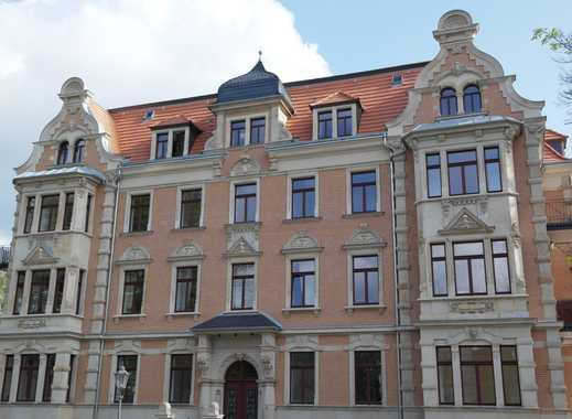 Traumhafte 4 Zimmer-Wohnung mit Dachterrasse*Gäste-WC*2 PKW-Stellplätze