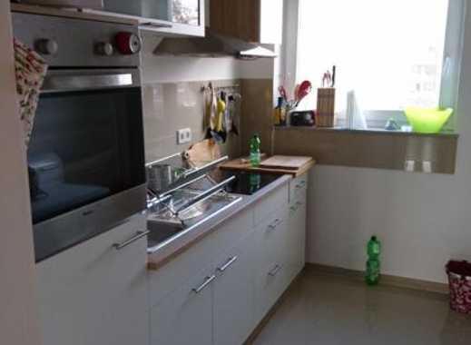 Schöne 2-Zimmer-Wohnung mit Einbauküche in Wolfsburg