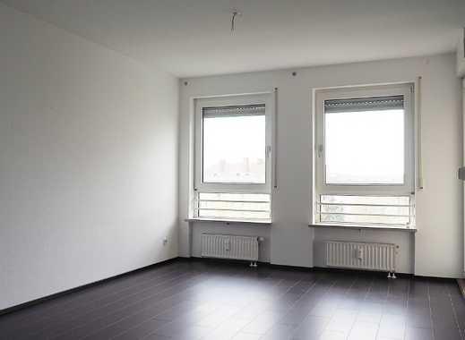 Schöne, gepflegte 3-Zimmer-Wohnung mit Balkon