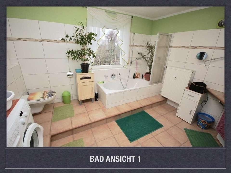 *Schickes großes Bad, Parkett, Gartenmitnutzung* in