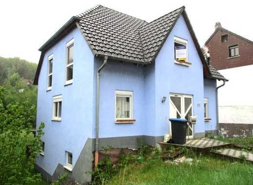 Elegantes Wohnen - Einfamilienhaus mit Friesengiebel in Blieskastel