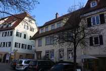 Renovierungsbedürftiges Wohn- und Geschäftshaus im