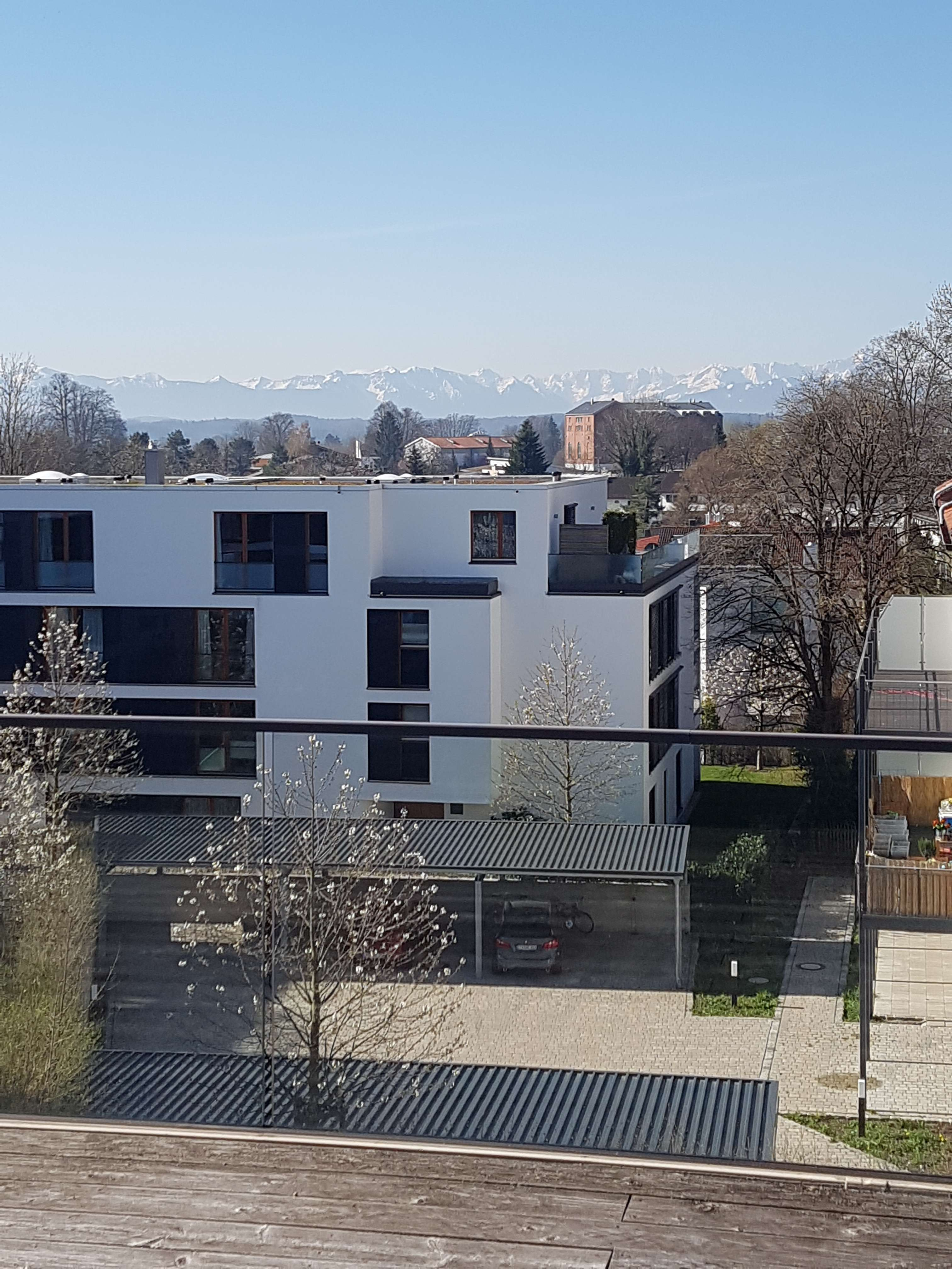 Tutzing am Starnberger See  -  Penthousewohnung in zentraler Lage mit Bergblick