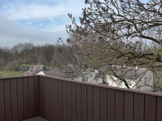 Olching, zentral gelegene 3,5 Zi-Whg mit Loggia, sehr schön renoviert in