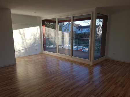 Exkl. 3,5-Zi.-Wohnung, Balkon, EBK, Garage, Röthenbach a. d. Peg. in Röthenbach an der Pegnitz