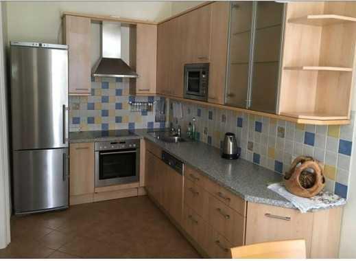 Freundliche 3-Zimmer-Wohnung mit Einbauküche in Husum