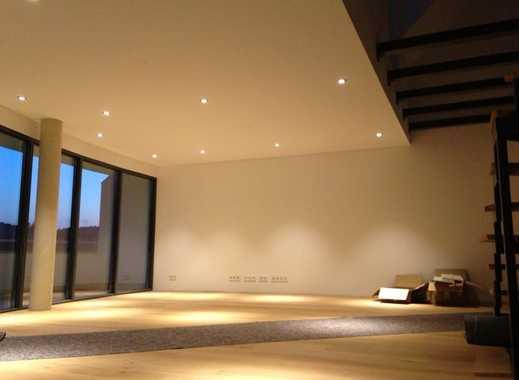 Erstbezug nach Sanierung: stilvolle 3,5-Zimmer-Maisonette-Wohnung mit EBK und Balkon in Pfullingen