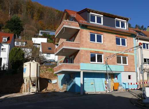 Komfortable 2-Zimmer-Dachwohnung in Neckargemünd-Kleingemünd, Erstbezug mit Einbauküche und Balkon