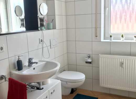 Wunderschönes, helles Zimmer in 3-Raum-Wohnung sucht Bewohner/in