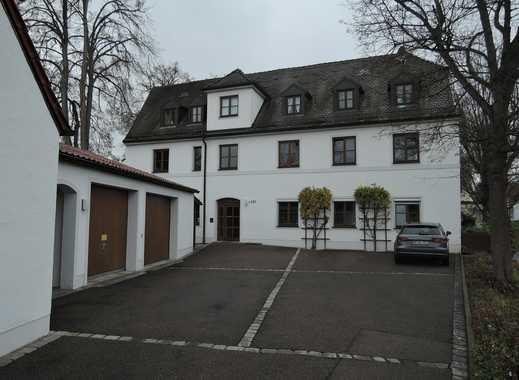 Drei Zimmer Wohnung sehr zentral in Neuburg, inkl. Einbauküche mit Geräten; inkl. Gartenbenutzung