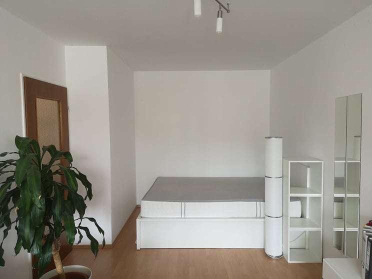 Einzimmerwohnung in Freising. Zwischenmieter bis zum 28.02.2020 gesucht. in Freising