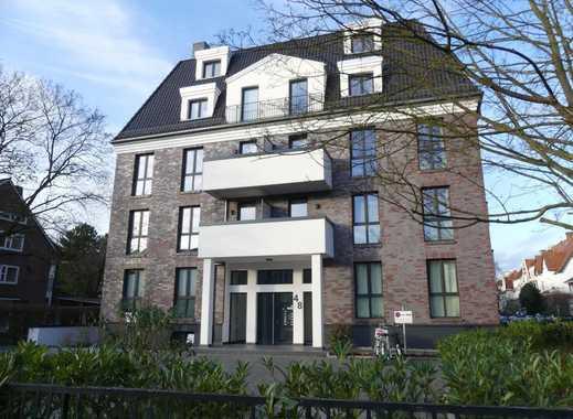 Neubau in Schwachhausen: Gepflegte Penthouse-Wohnung mit Küche und Stellplatz