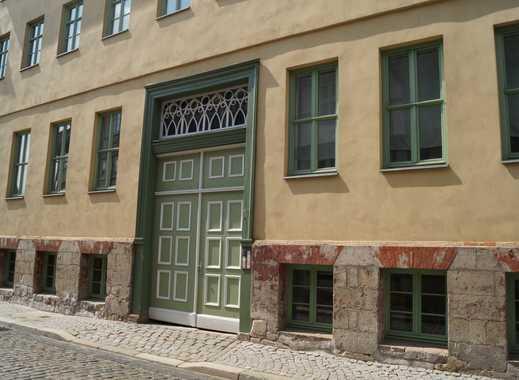 vermiete schönes WG-Zimmer in der Altstadt