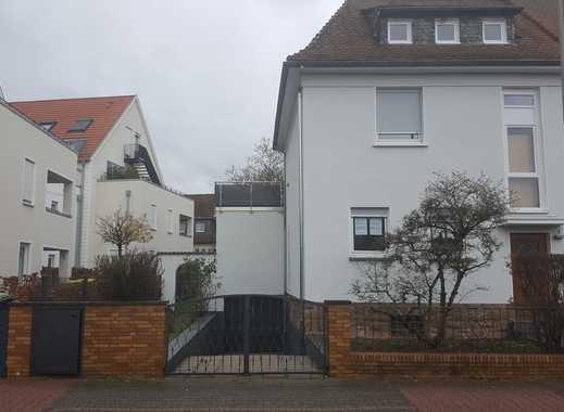 Traumhaus mit großem Garten in Niederursel