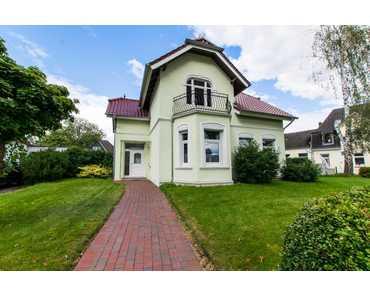 VON POLL Bordesholm: Schickes Zweifamilienhaus in Bordesholm