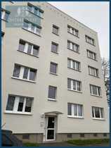 2-Zimmer-Wohnung mit Balkon in Stadtfeld-Ost