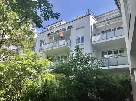 Möbliert Wohnen im Grünen mit Dachterrasse in Bogenhausen (München)