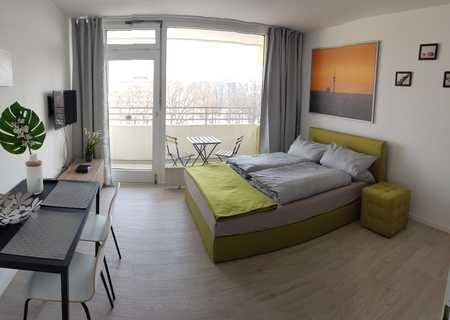 Stilvolle, sanierte 1-Zimmer-Wohnung mit Balkon und EBK in münchen in Schwabing (München)