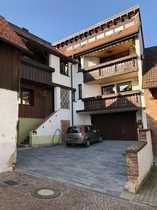 Sonnige 3 5-Zimmer-Dachgeschosswohnung mit Galerie