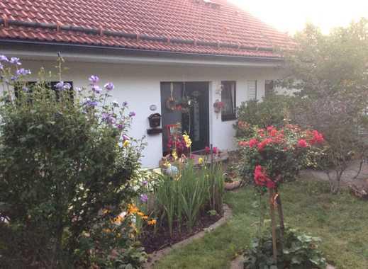 Schönes, geräumiges Haus mit vier Zimmern und PV—Anlage, Donzdorf